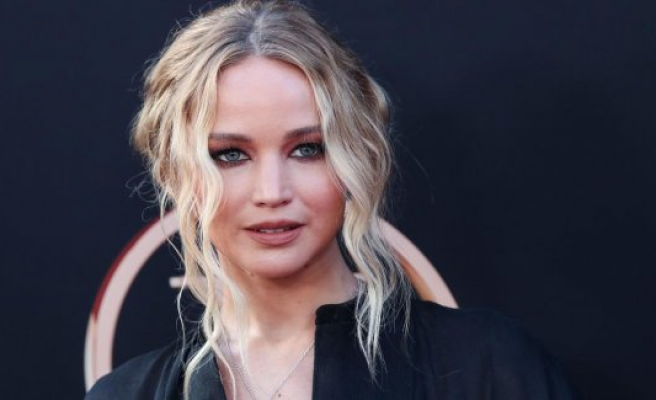 Netflix:-Jennifer-Lawrence-Is-Going-To-Make-Her-First-Comedy-In-2020-For-Netflix!